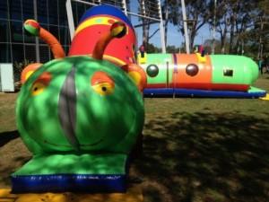 Inflatable tunnel Cameron the giant kiddiepillar